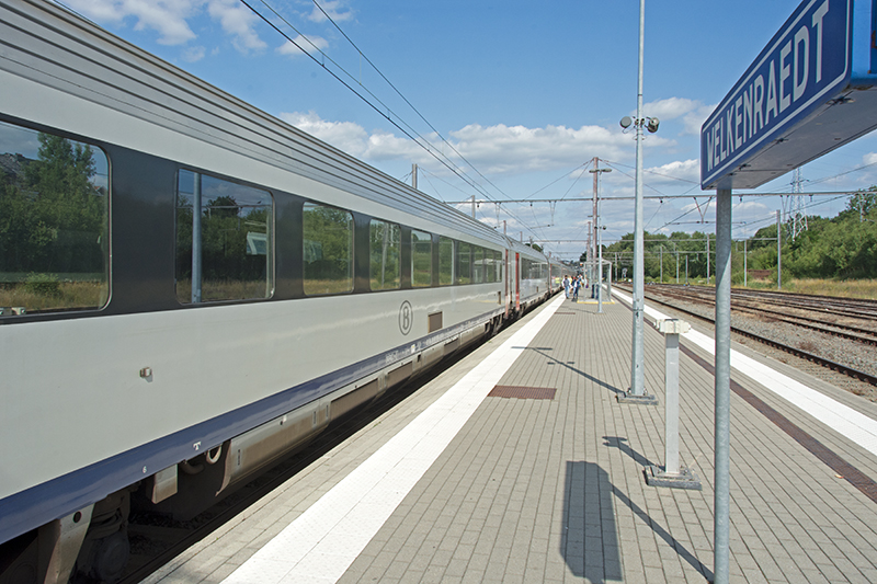 IC 513 at Welkenraedt