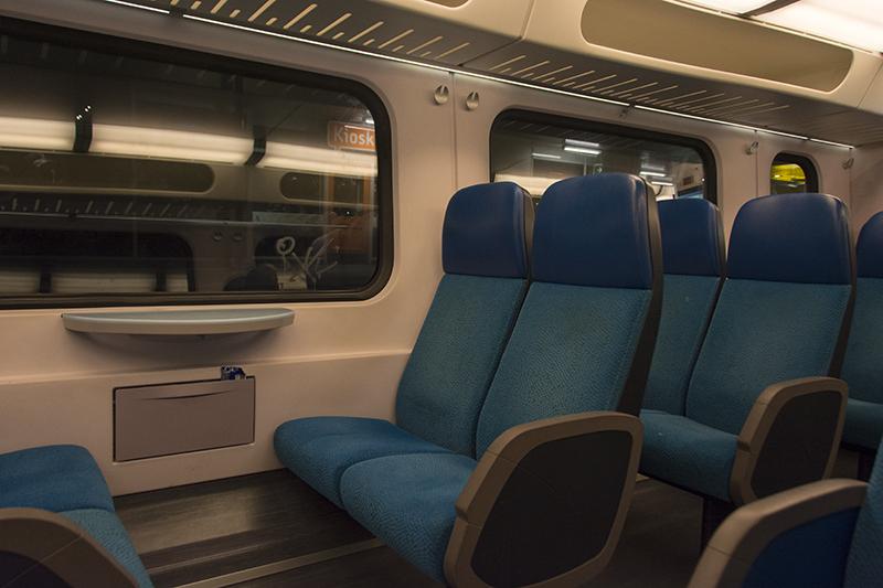 Heerhugowaard–Den Helder train